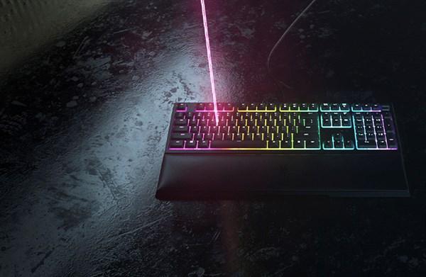 Razer Ornata V2 Mecha-membrane keyboard with Razer Chroma RGB, RZ03-03380100-R3M1